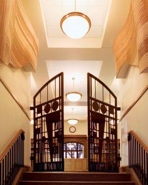 Ella Pendant-Sumner Library