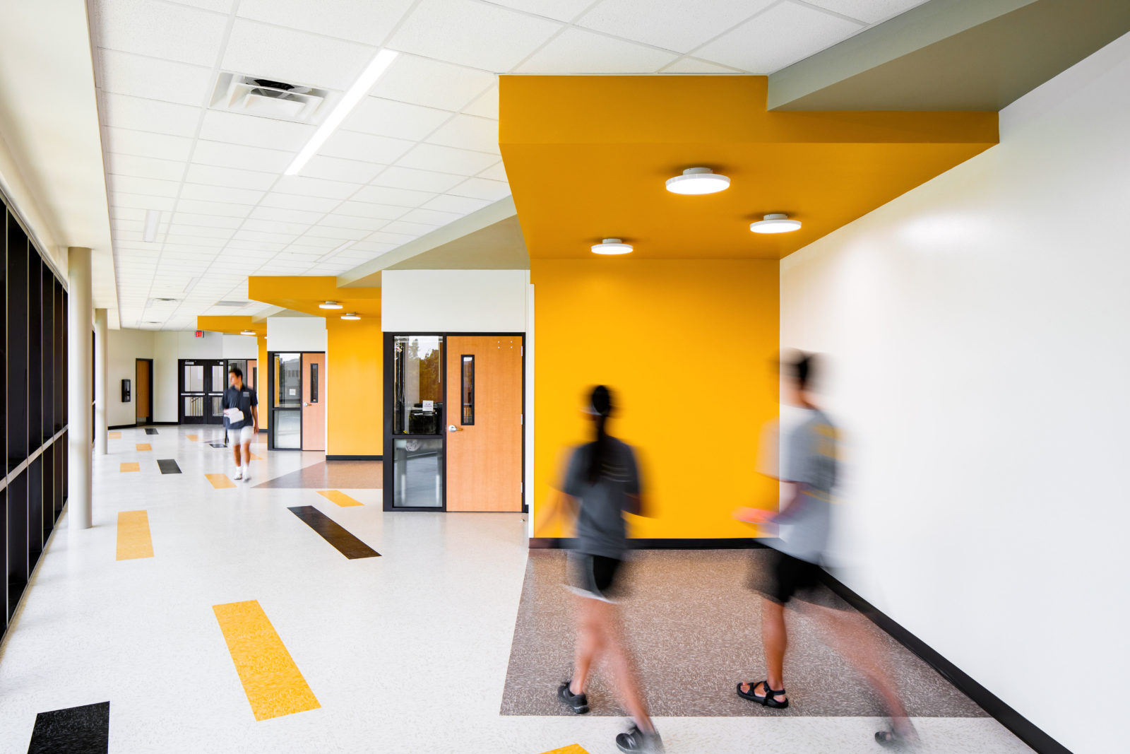 Centro Ceiling / Plano East HS